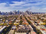 Reserve Bank of Australia says 40 per cent house price fall is 'plausible' because of COVID-19