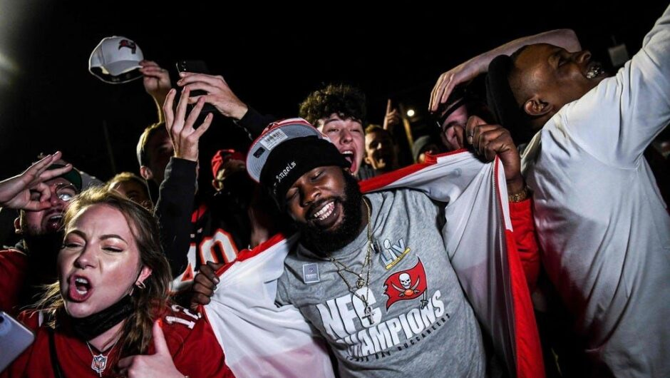 Health officials concerned after maskless Super Bowl celebrations; Florida reaches 200 variant cases: Latest COVID-19 updates