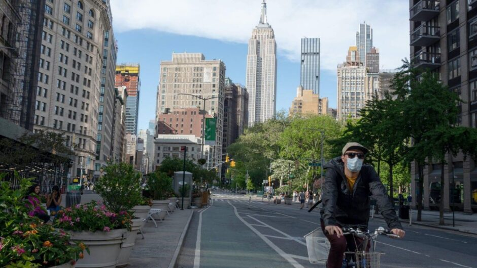 New York might have avoided becoming the US epicenter of the coronavirus outbreak if Gov. Cuomo hadn't reportedly dismissed shelter-at-home advice