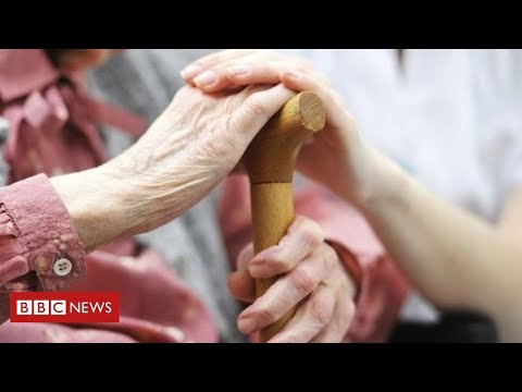 Coronavirus: concern over deaths in care homes – govt promises more tests  – BBC News