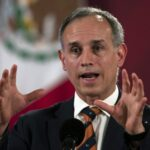 After urging people to 'stay home,' Mexico's coronavirus czar takes a maskless beach vacation