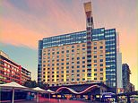 Victorian travellers exposed to South African strain of Covid-19 in Sydney hotel told to isolate