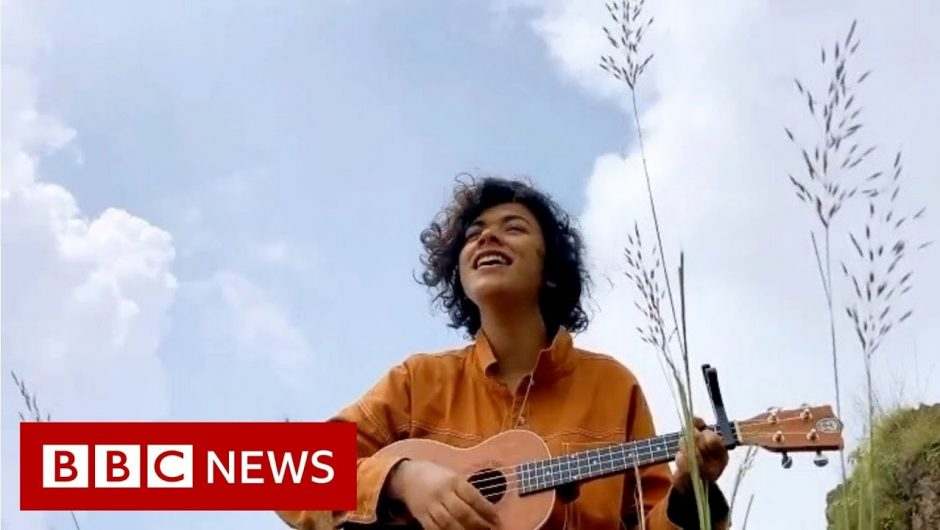The singers finding 'Instagram fame' during Covid-19 lockdowns – BBC News